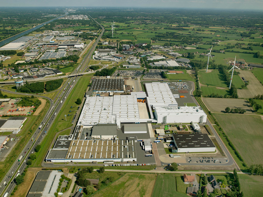 DAF-Trucks-Vlaanderen-Cab-and-Axle-factory-in-Westerlo-Overview