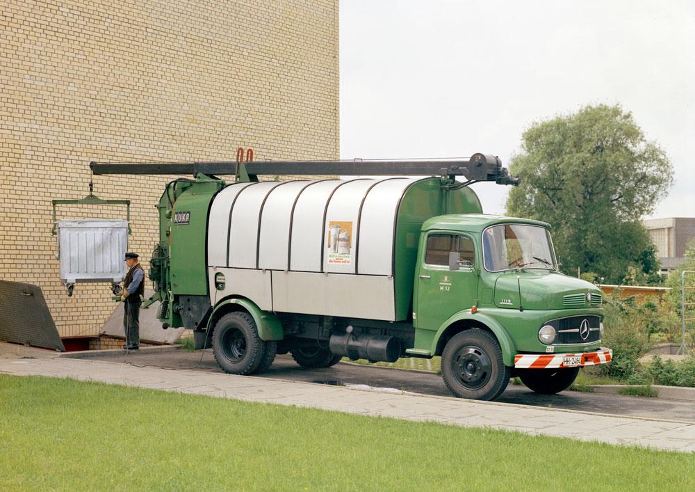 Mercedes-Benz-1113-02
