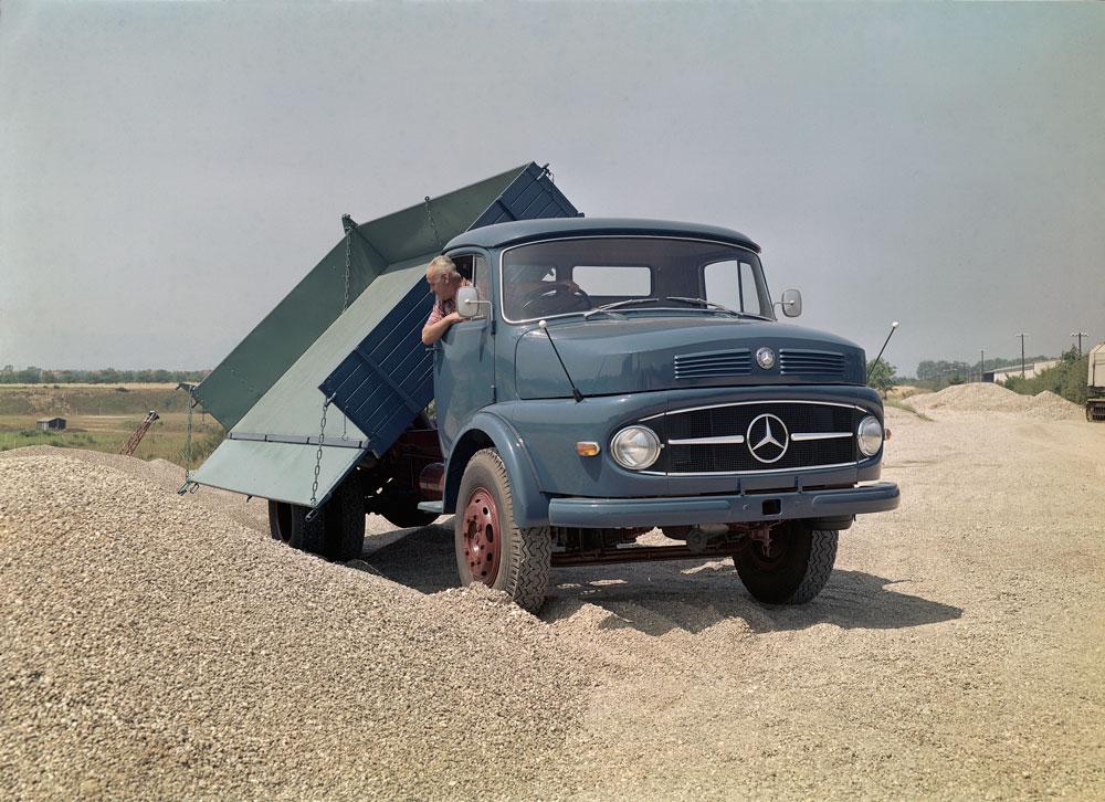 Mercedes-Benz-Shortnose-01