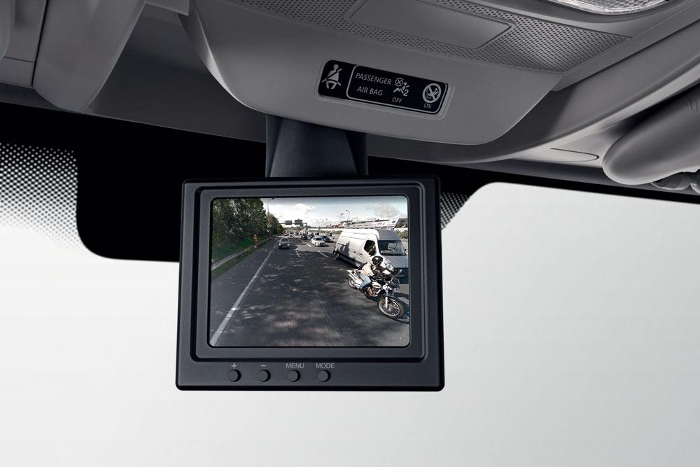 New_Renault_MASTER_rearward-viev-camera