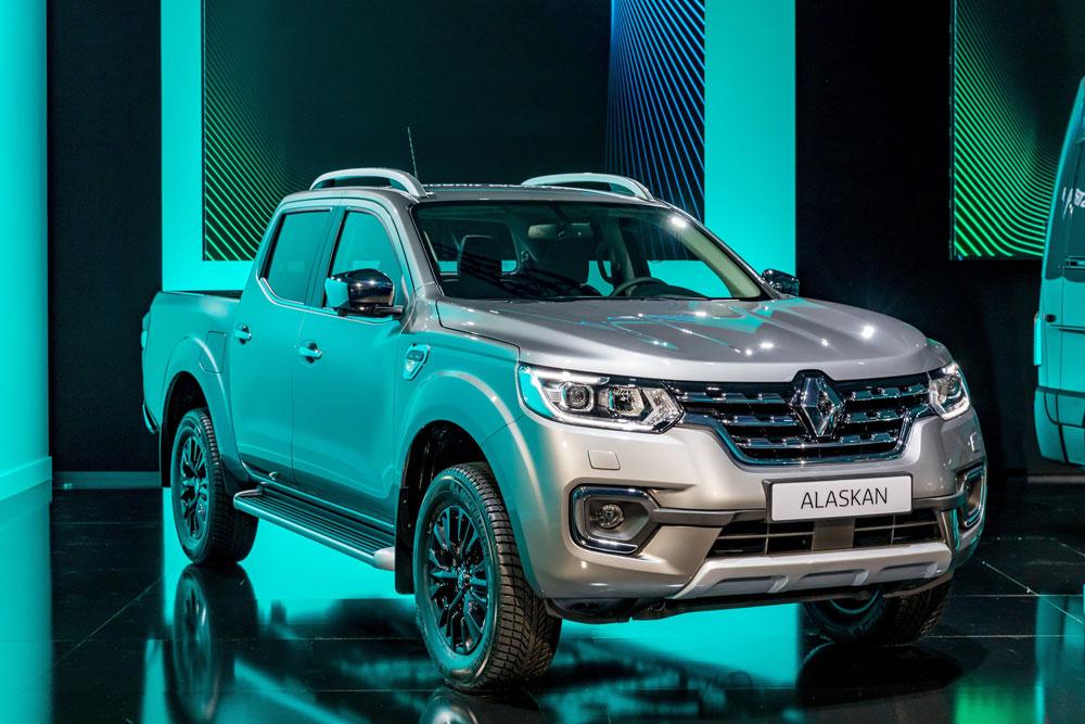 Renault_Light_Commercial_Vehicles_Range-alaskan-01