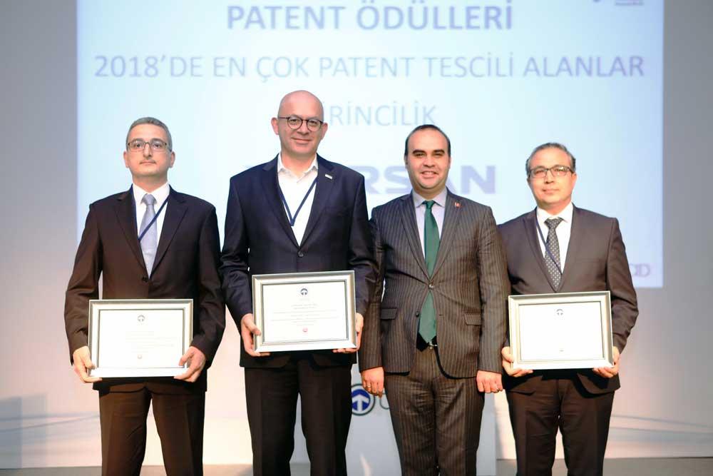 Taysad_patent_odulu_Onur_Balci_ve_diger_odul_kazananlar