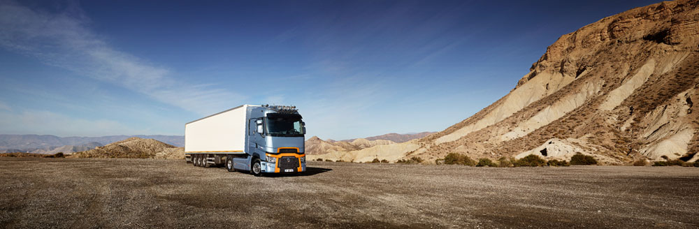Renault-Trucks-t-high-sur-route-2