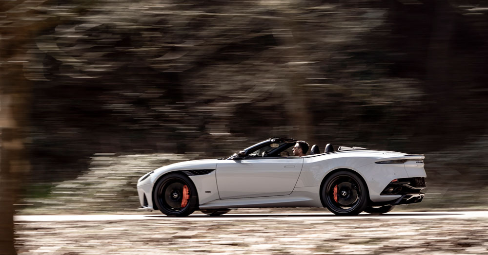 DBS_Superleggera_Volante__13_