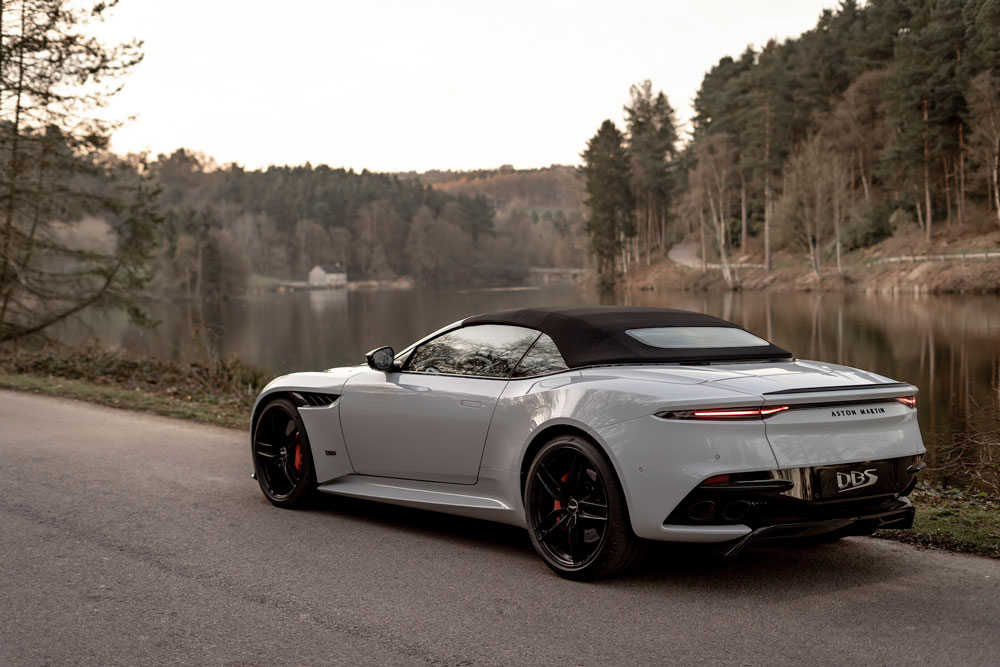 DBS_Superleggera_Volante__19_