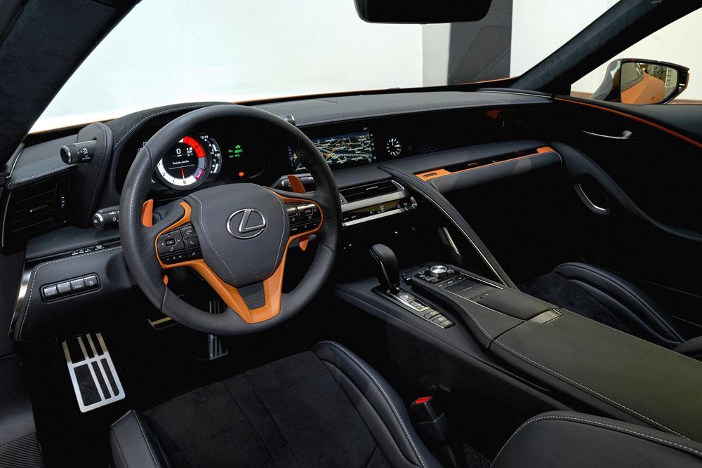 Lexus-LC500h-Mat-Prototip-(4)