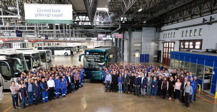 Mercedes-Benz-Turk-90.000.-otobus-banttan-indirdi_2