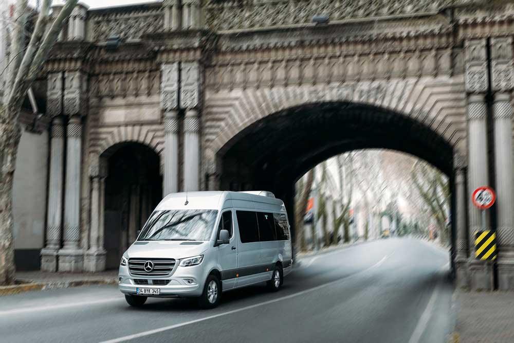 Yeni-Mercedes-Benz-Sprinter-(2)