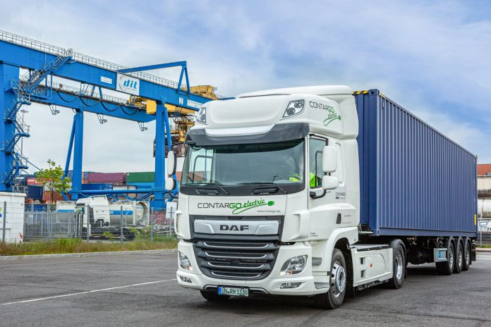 DAF_CF_Electric_wins_Green_Trucks_Award_2019_-_DAF_CF_Electric_in-use_at_Contargo