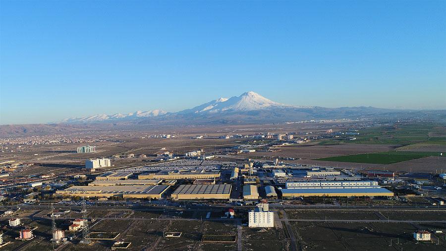 Mercedes-Benz-Turk-Aksaray-Kamyon-Fabrikasi-(1)