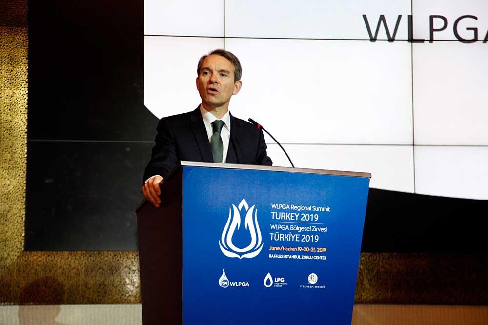 (WLPGA)-CEO-Direktoru-James-Rockall