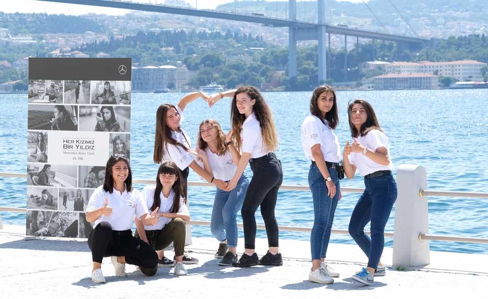 Her-Kizimiz-Bir-Yildiz-Projesi-Istanbul-Ziyareti-(2)