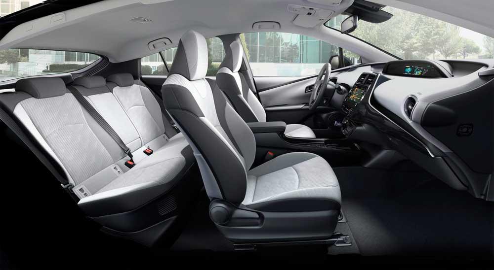 Yenilenen-Toyota-Prius-Plug-in-Hybrid-(4)