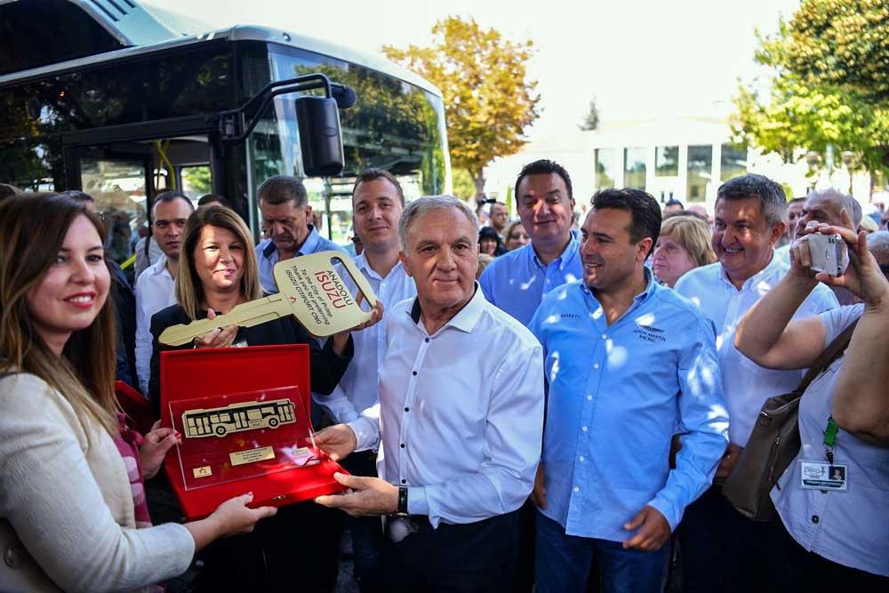 Anadolu_Isuzu_Makedonya_Teslimat