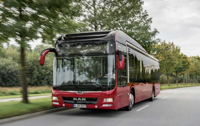 MAN_Bus_EOT_LionsCity_Hybrid_A37