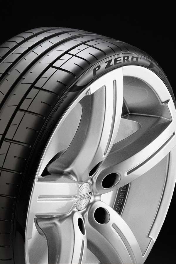 Pirelli-P-Zero-(3)