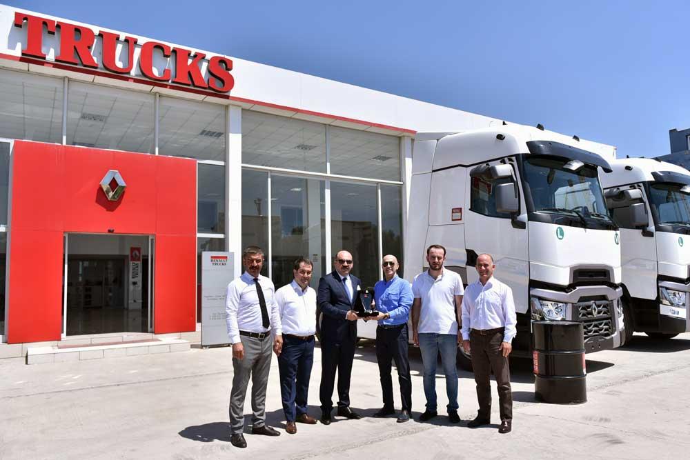 Renault-Trucks_Ocaktrans-Uluslararasi-Nakliyat_Teslimat_Gorsel_2