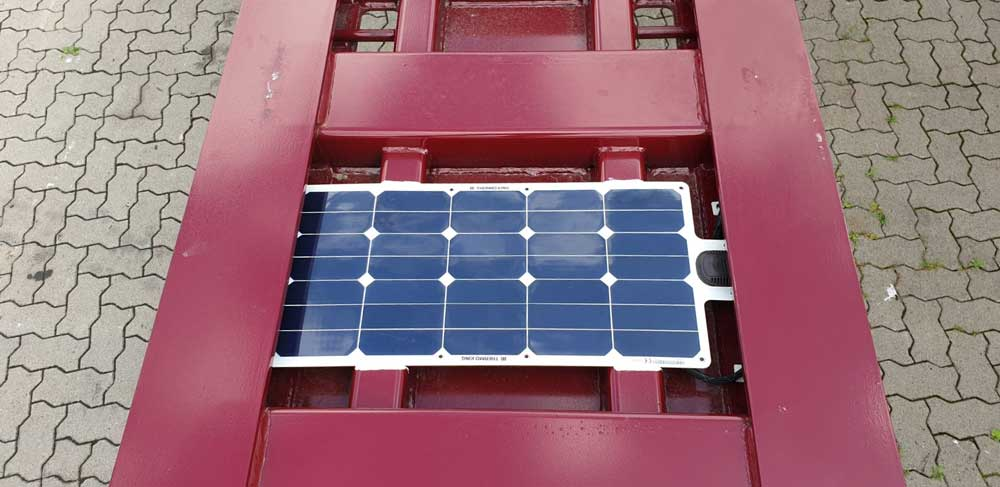 Thermo_King_Genset_Solar_Panels-01