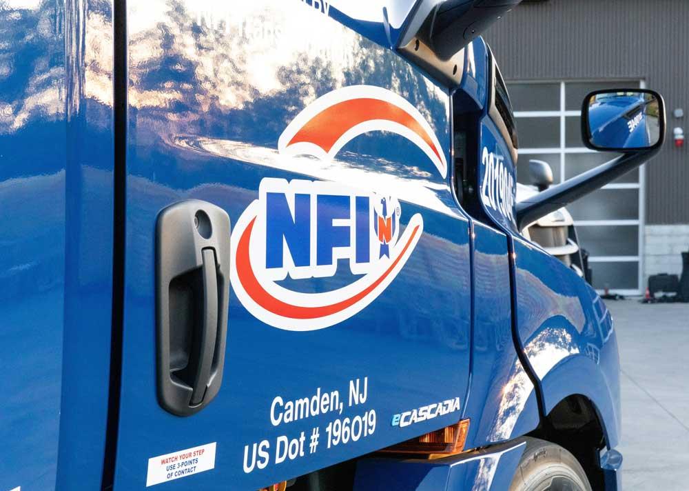 freightliner-ecascadia-nfi