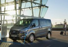 FORD_TOURNEO_CUSTOM_PHEV