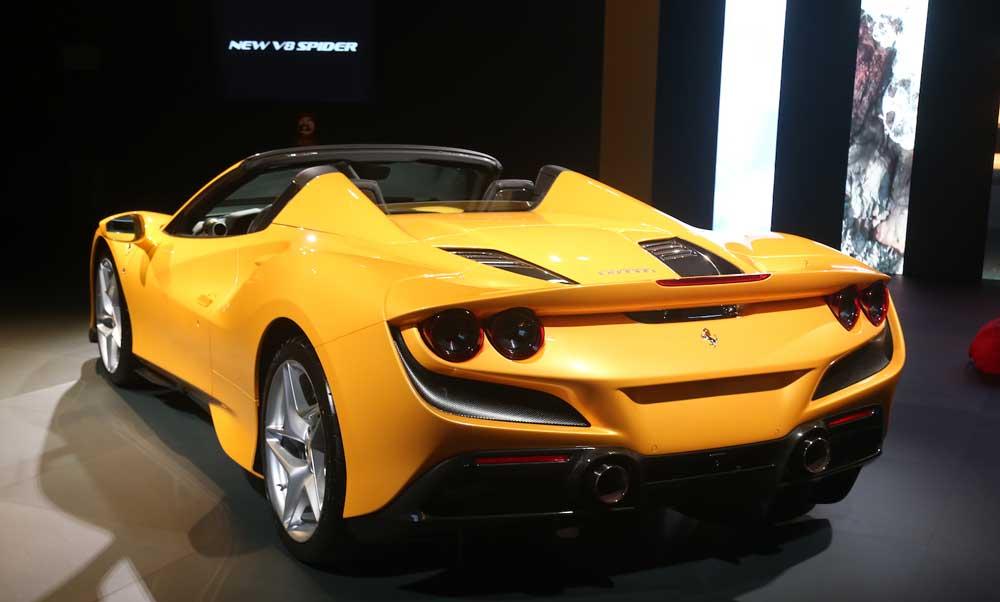 Ferrari-F8-Spider-3