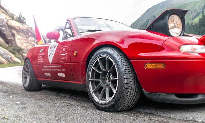 Pirelli_Collezione_Mazda_MX_5_dunya_rekoru__11_