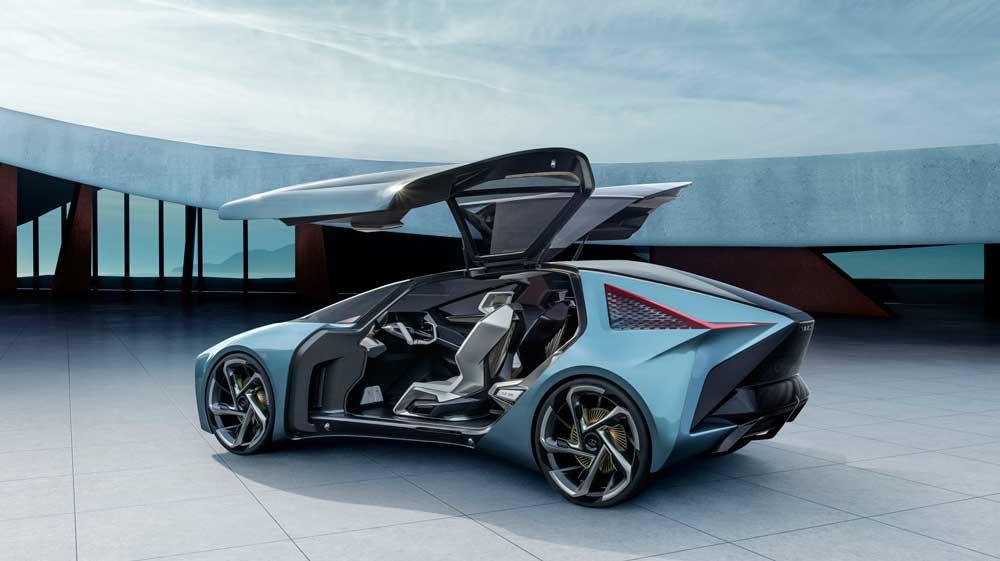 Lexus'un elektrikli vizyonunu ortaya koyan LF-30 kavramı, dış tasarımıyla markanın sanatsal yaklaşımını, yüzde 100 elektrikli bir otomobille buluşturuyor.