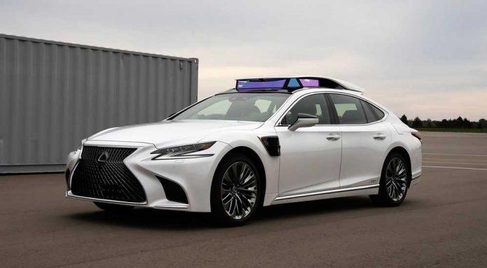 Toyota'nın P 4 platformlu otonom test aracı