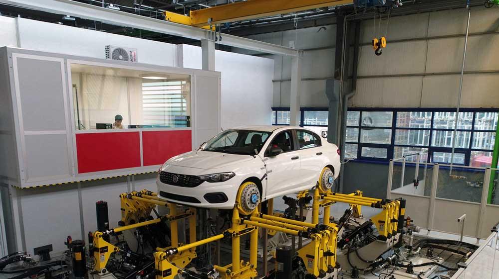 Tofaş Ar-Ge, Fiat Chrysler Automobiles'in Avrupa ve Ortadoğu bölgesinde hizmet veren İtalya dışındaki tek Ar‑Ge merkezi olmasıyla da öne çıkıyor.