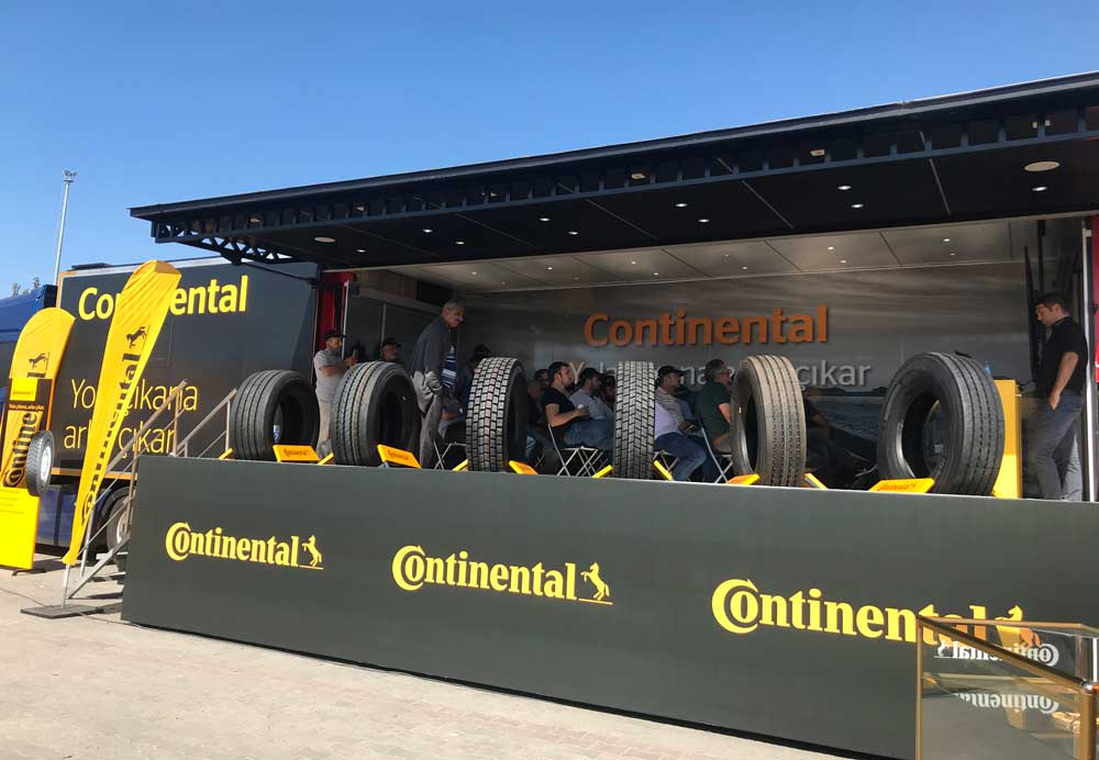 continental-roadshow-01
