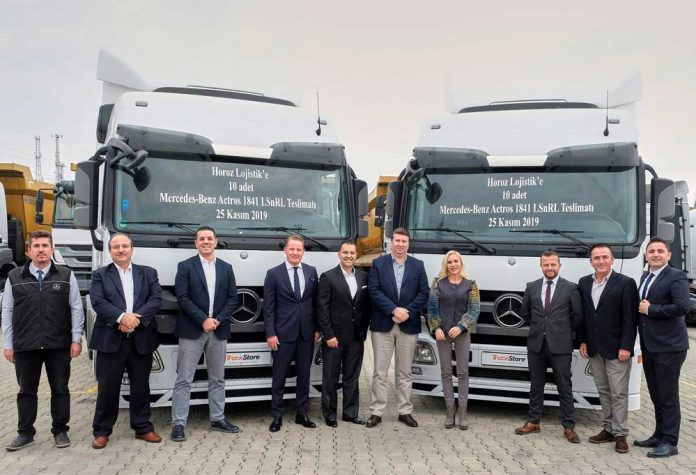TruckStore-Horoz-Lojistik-10-adet-Actros-1841-LSnRL-cekici-teslimati-(1)