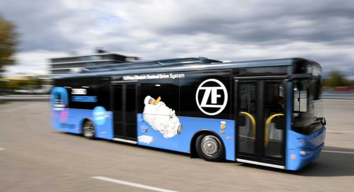 ZF_Busworld-Innovationspreis_03
