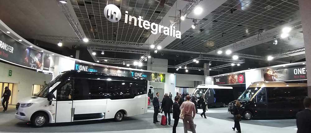 integralia-stand-01
