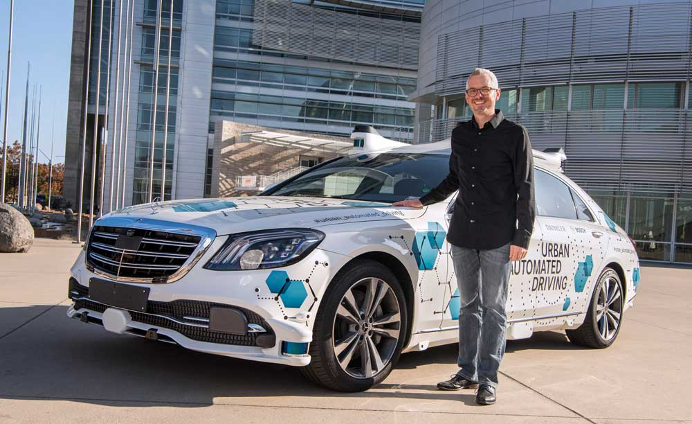 mercedes_urban_automated_driving_11