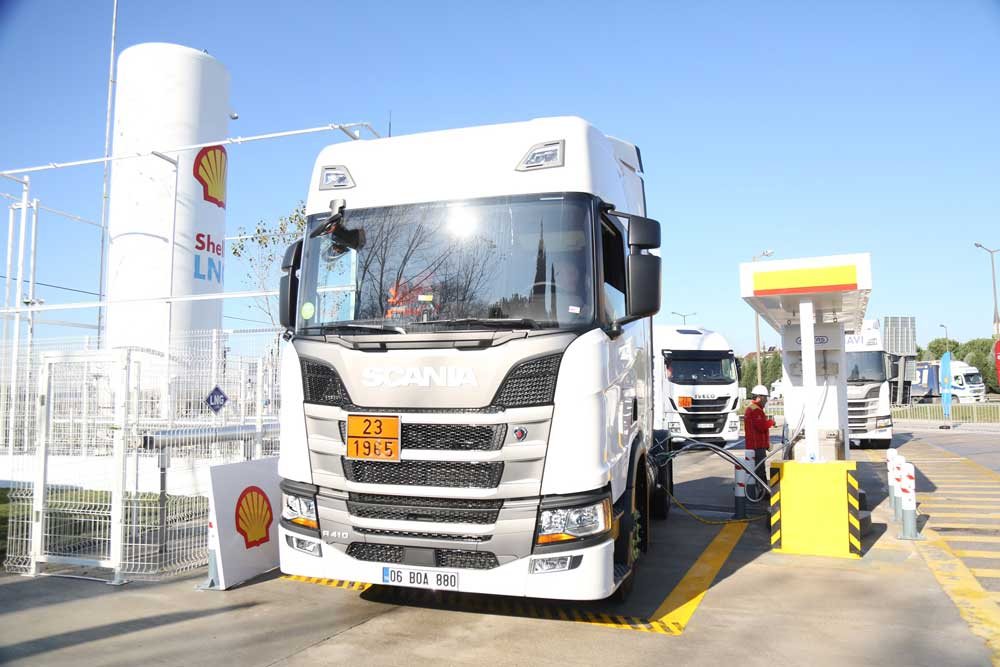Shell-LNG-istasyon-Acilisi-scania