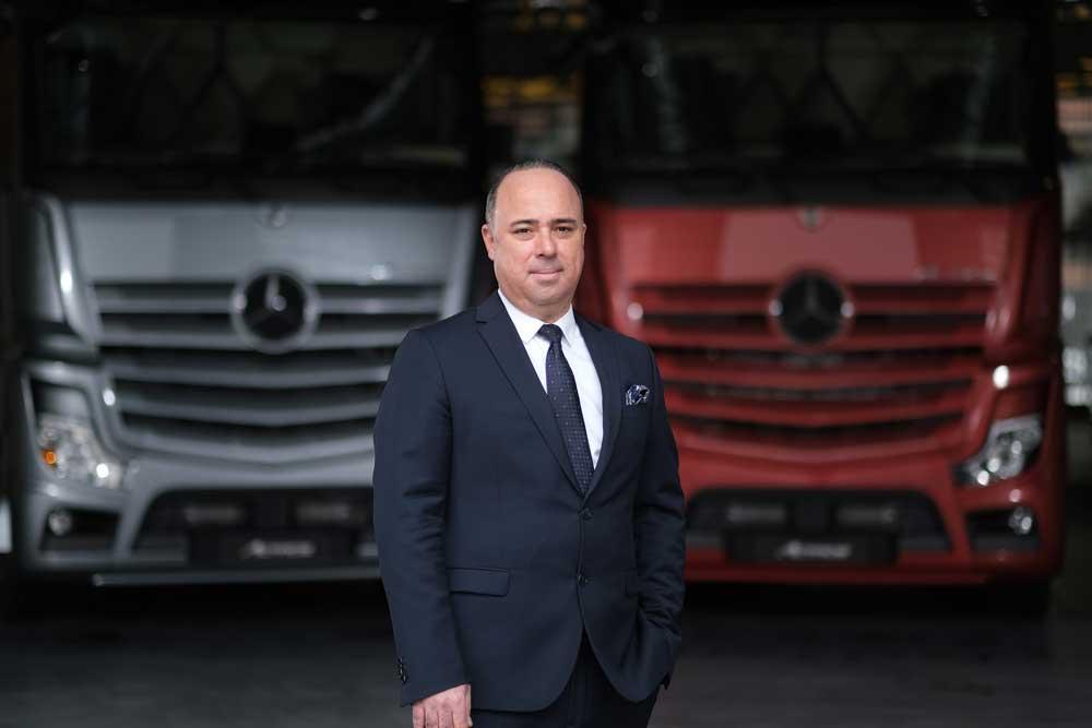Mercedes-Benz-Turk-Kamyon-Pazarlama-ve-Satis-Direktoru-Alper-Kurt
