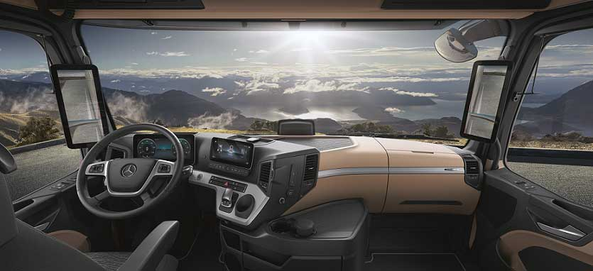 Mercedes-Benz-Yeni-Actros-ic-mekan