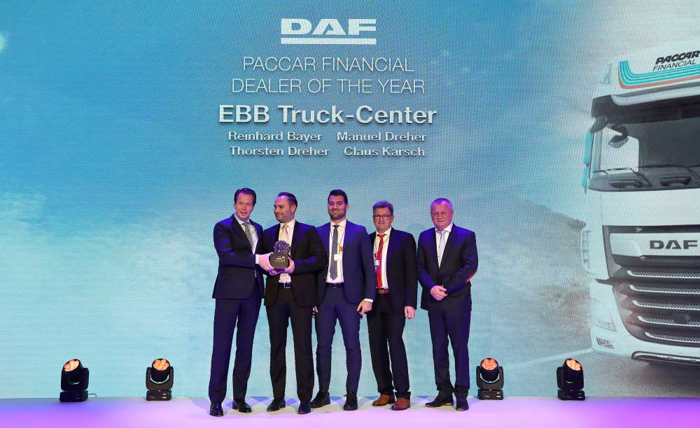 PACCAR-Financial-Dealer-of-the-Year-EBB-Truck-Center