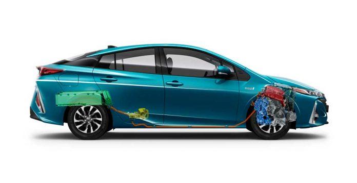Toyota-Panasonic-Elektrikli-Araclar-icin-Batarya-Uretecek-2