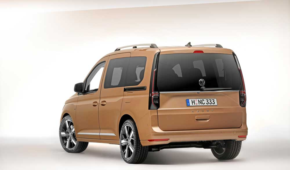 Volkswagen-Caddy5_PC_REAR_005