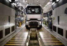 renault-trucks-usine-assemblage-camions