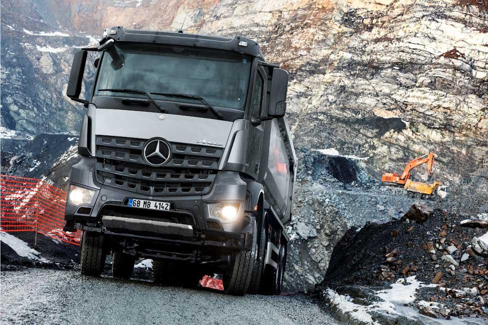 Mercedes-Benz-Arocs-4142
