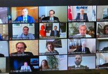 Bakan Albayrak, Dış Ekonomik İlişkiler Kurulu'nun (DEİK) video konferans ile düzenlediği DEİK Talks programı kapsamında DEİK