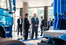 DAF-The-Dutch-King-Willem-Alexander-visits-DAF-Trucks-02