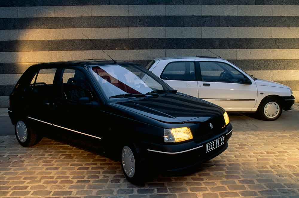 2020-30-years-of-Renault-CLIO-Renault-CLIO-I-(1990-1999)