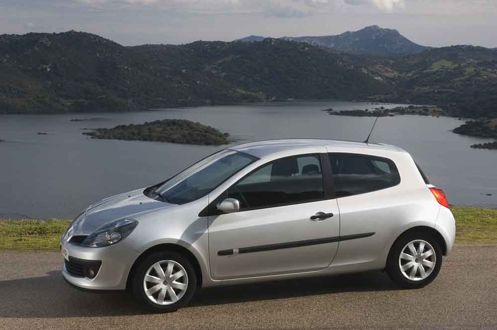 2020-30-years-of-Renault-CLIO-Renault-CLIO-III-(2005-2012)