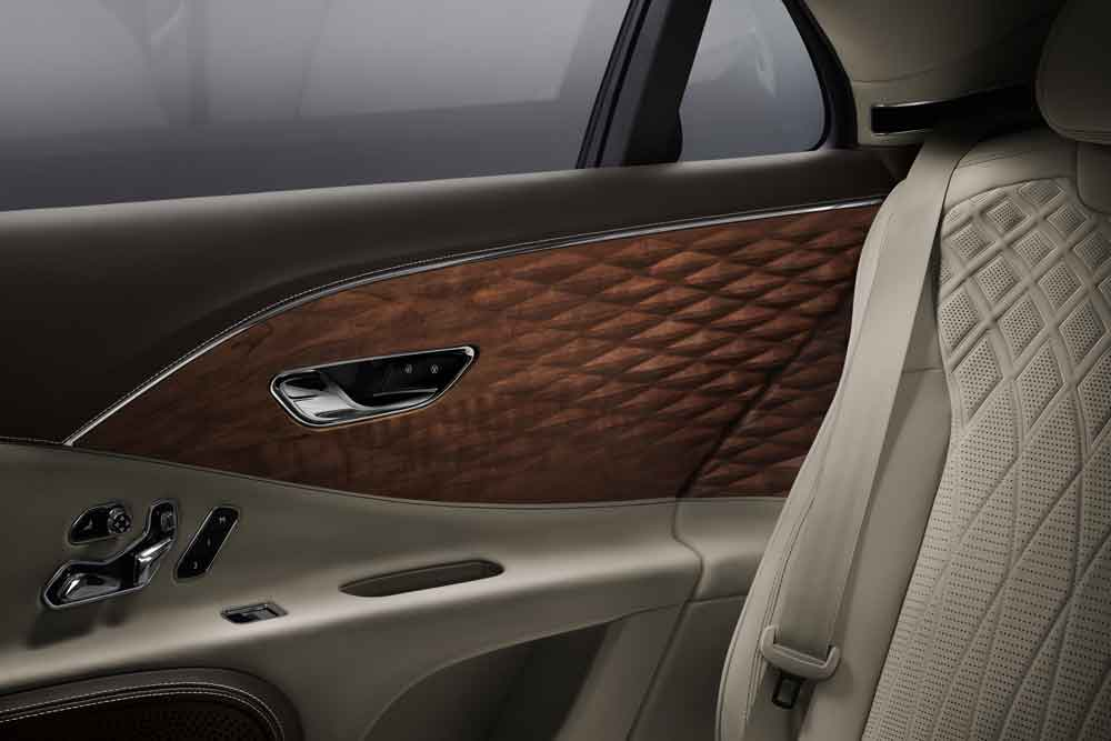 Flying_Spur_3D_Wood___2