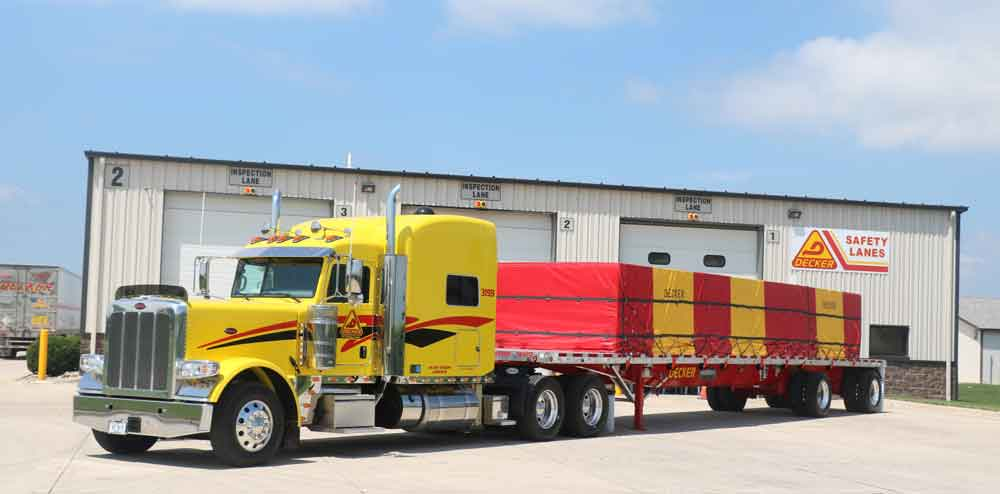 Peterbilt-Decker-Flatbed