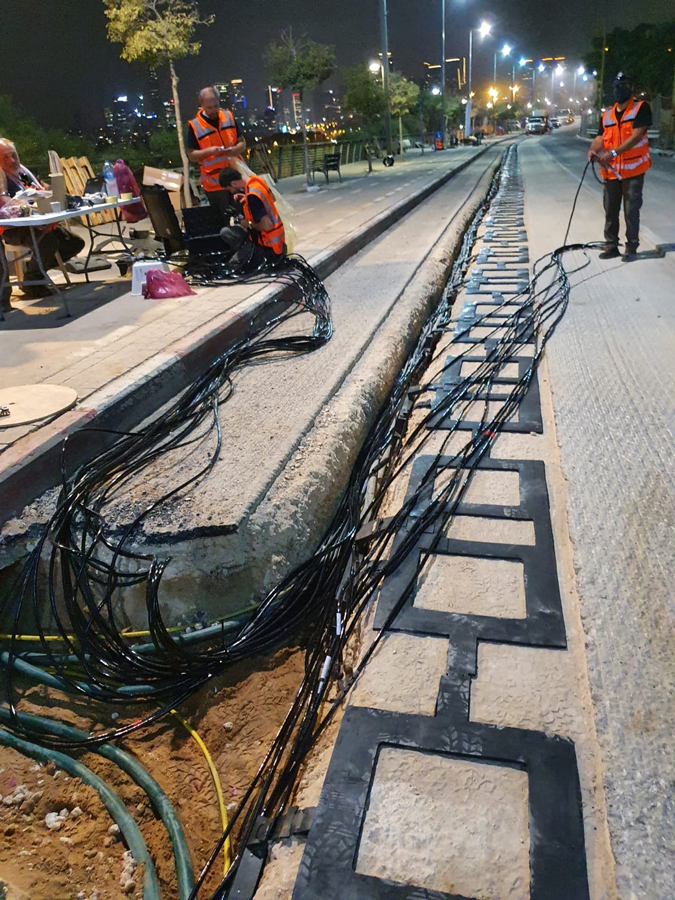 Electric-road-construction