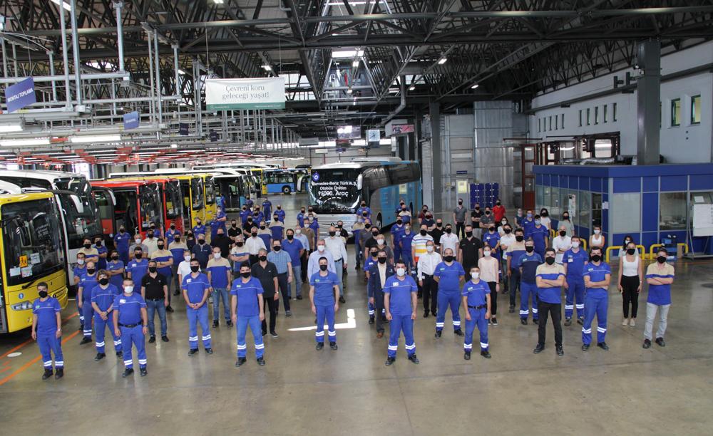Mercedes-Benz-Turk-95.000-Otobusunu-uretti-(1)